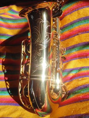 Saxofón usado Yamaha YAS 62